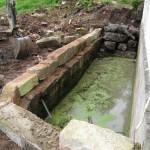Befestigung und Sicherung des Wasserbassins